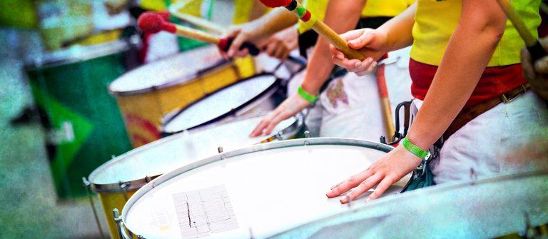 Samba carnival shutterstock_376995136 x2000