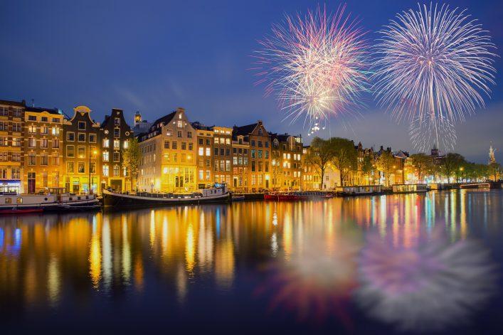 Silvester-in-Amsterdam-shutterstock_521639023