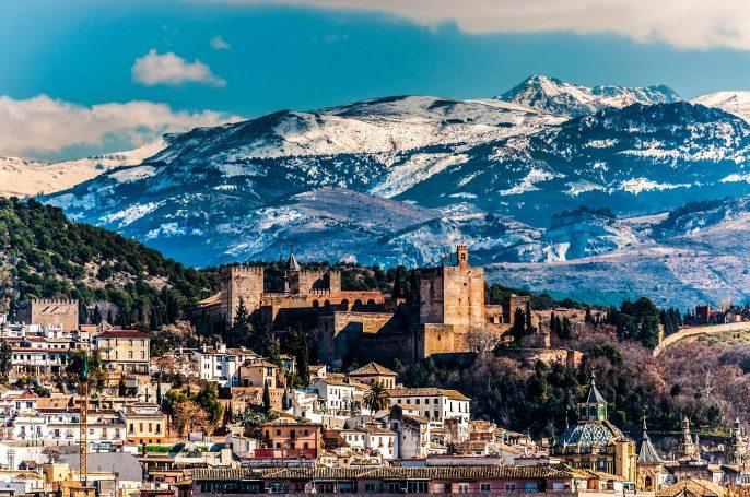 Alhambra Granada iStock_000030008608_Large-2