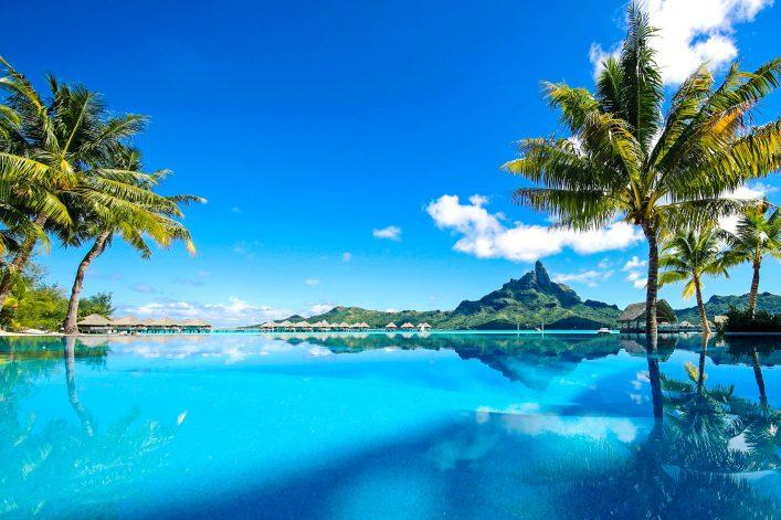 Beautiful Bora Bora Tahiti – iStock_000086031683_Large-2