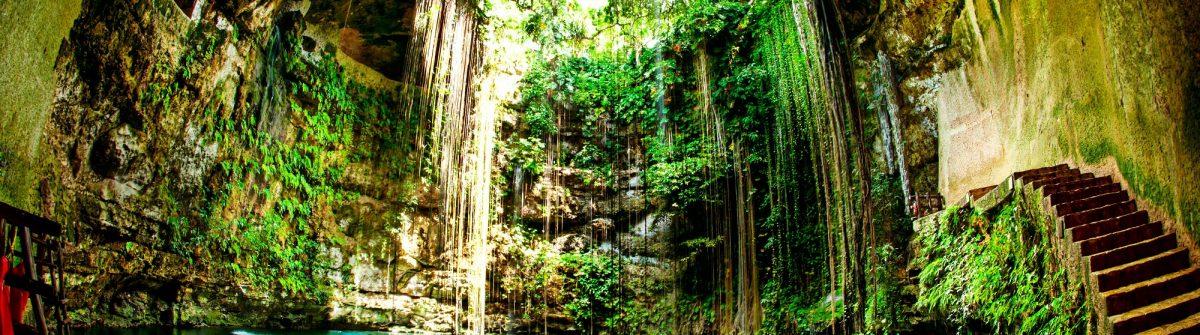 Ik Kil Cenote Chichen Itza Mexico shutterstock_127049891-2