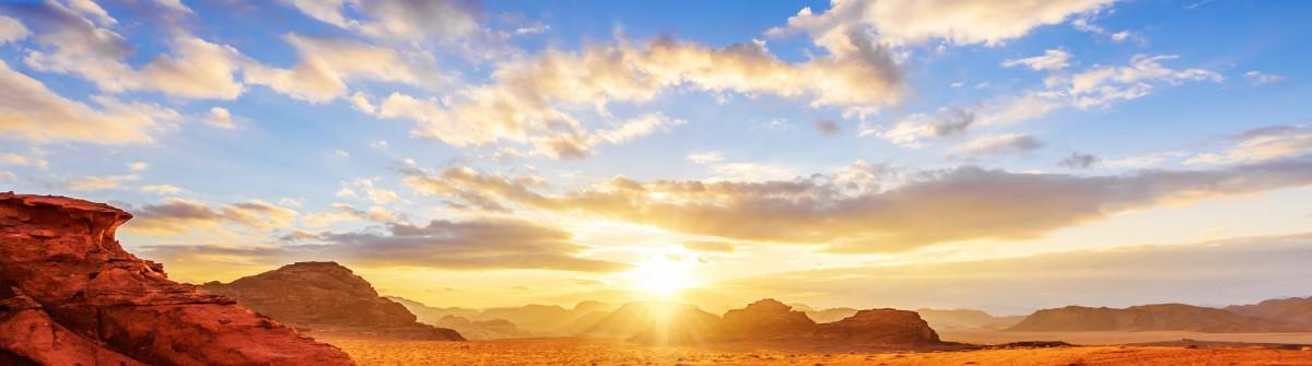 Jordanian desert in Wadi Rum shutterstock_173717030