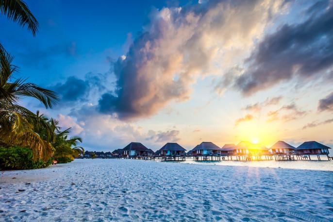 Malediven Beach iStock_000065445155_Large-2