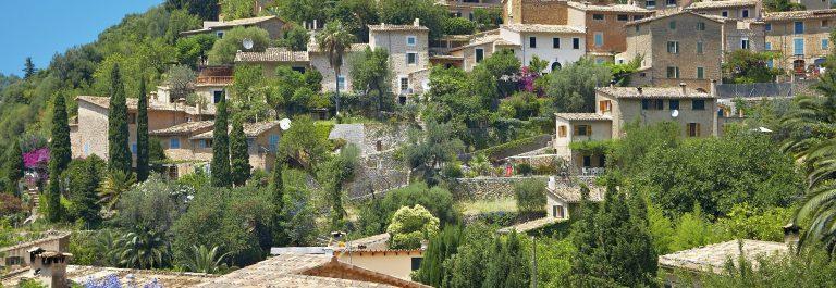 Deia Deya Mallorca iStock_000015537700_Large