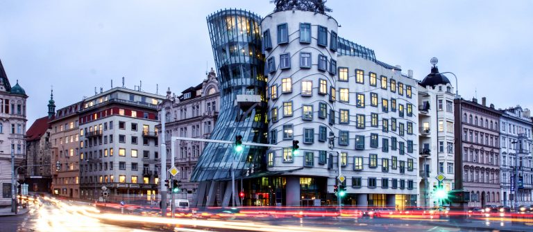 czech-republic-metropolises-prague-modern-architecture-dancing-home-shutterstock_42848137-2