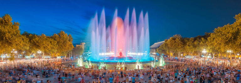 night-view-of-magic-fountain-light-show-in-barcelona-spain-shutterstock_213349747-2