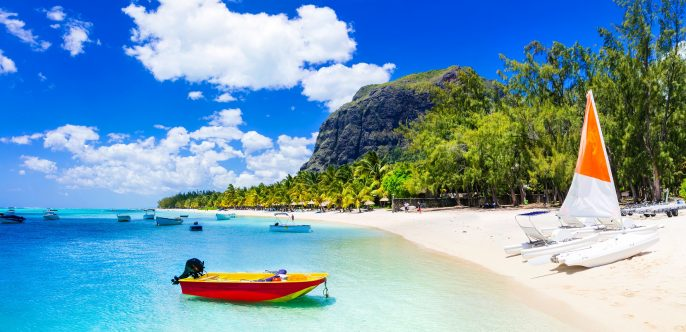 Mauritius beach shutterstock_526383199