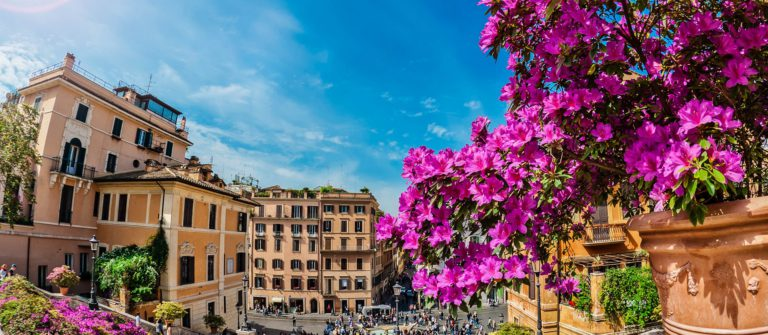 piazza-di-spagna-in-rome-italy-shutterstock_105128714-2