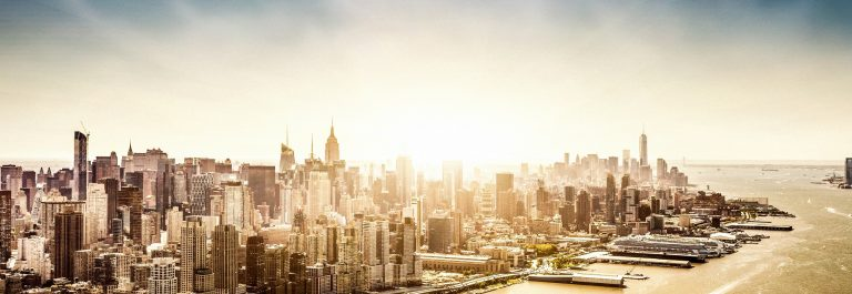 Manhattan Luftbild Aerial View iStock_000036485970_XXXLarge-2