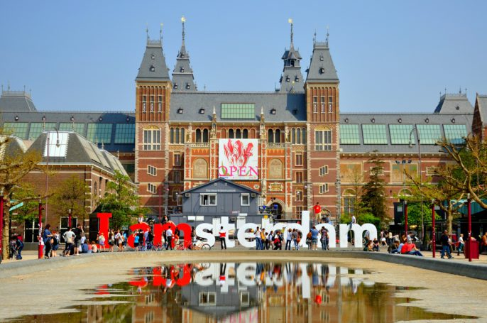 rijksmuseum-with-big-letters-in-amsterdam-holland-netherlands_shutterstock_100434301