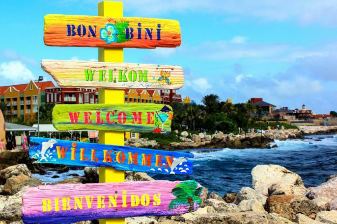 welcome-sign-in-curacao-shutterstock_169246706-2