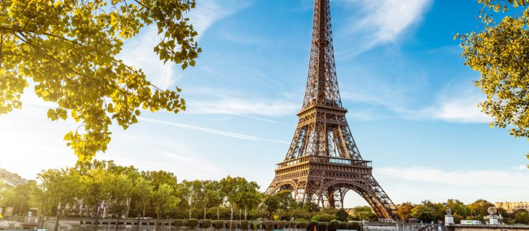 Eiffel tower, Paris France shutterstock_112137761-2