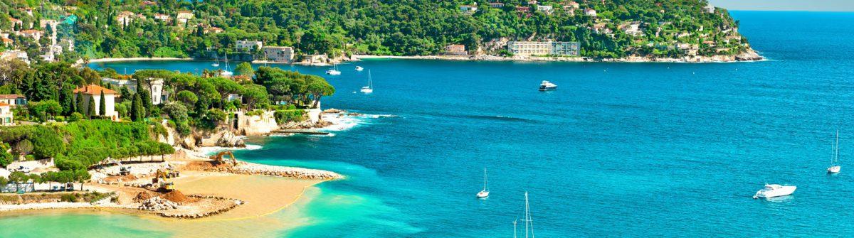 Nizza_Beach of Nice in France_shutterstock_281243240