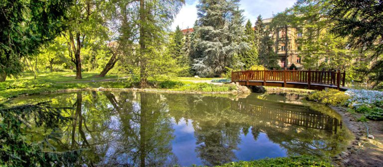 Zagreb botanical garden city oasis – nature and lake Croatia shutterstock_205541170-2