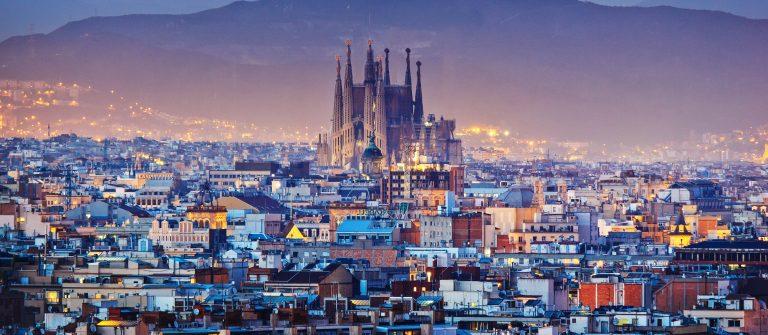 Barcelona shutterstock_178539545-2