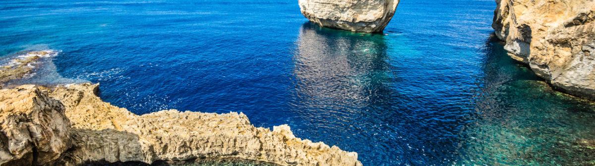 Das weltberühmte Azure Window, Gozo-Malta Island iStock_000065019969_Large-2