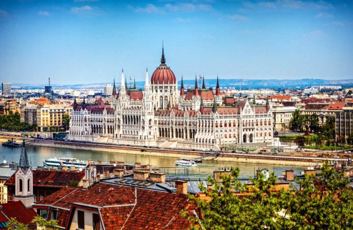 Otoño en Budapest Parlamento