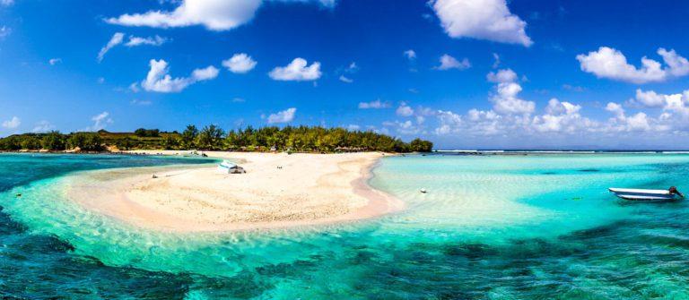 Mauritius Beach Reef Majestic Scenics iStock_000064252115_Medium-2 Twitter