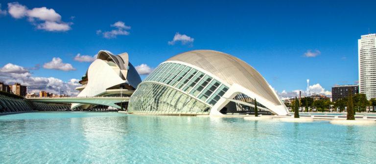 Principe Felipe museum and Hemisferic building shutterstock_246577384 EDITORIAL ONLY Ana del Castillo-2