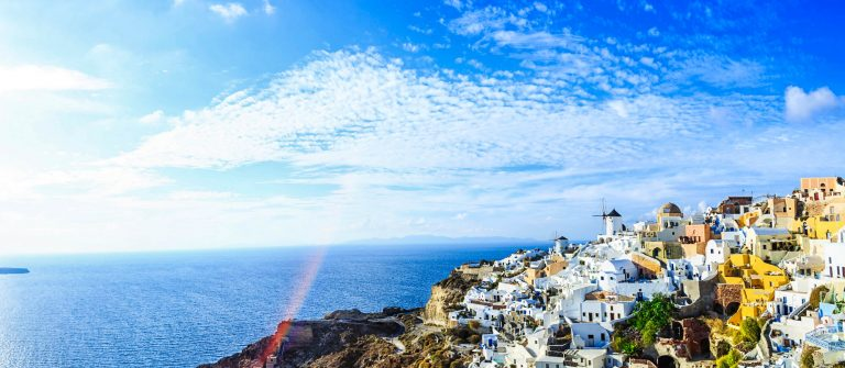 Sanorini skyline, Greece iStock_000085970355_Large-2