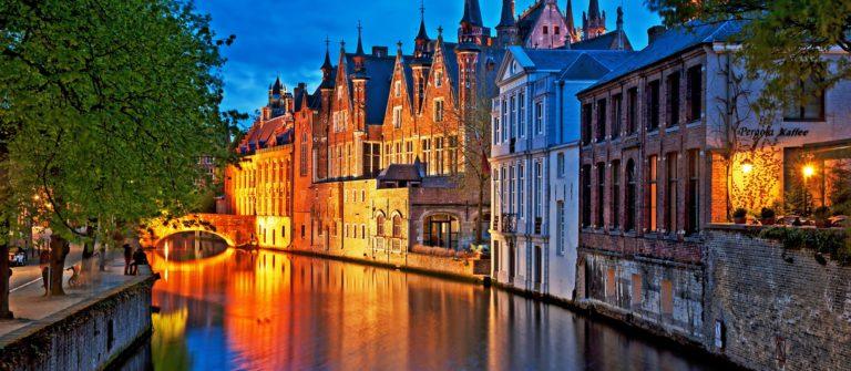 Bruges – shutterstock_139542962