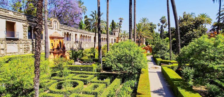 Gardens in Reales Alcazares in Seville shutterstock_164457296-2