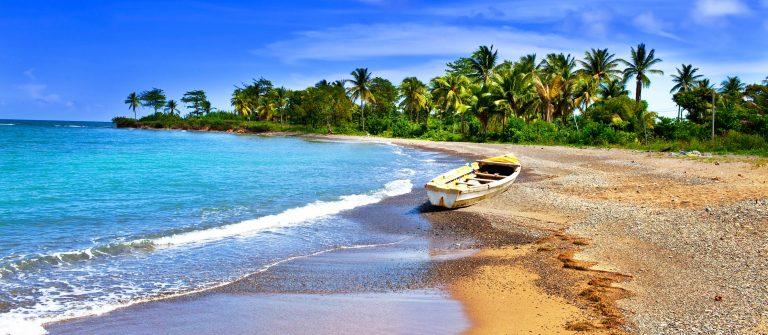 Jamaica Beach iStock_000019038785_Large-2