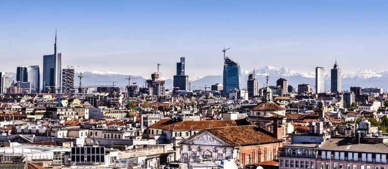 Milan, new panoramic skyline shutterstock_100594498-2