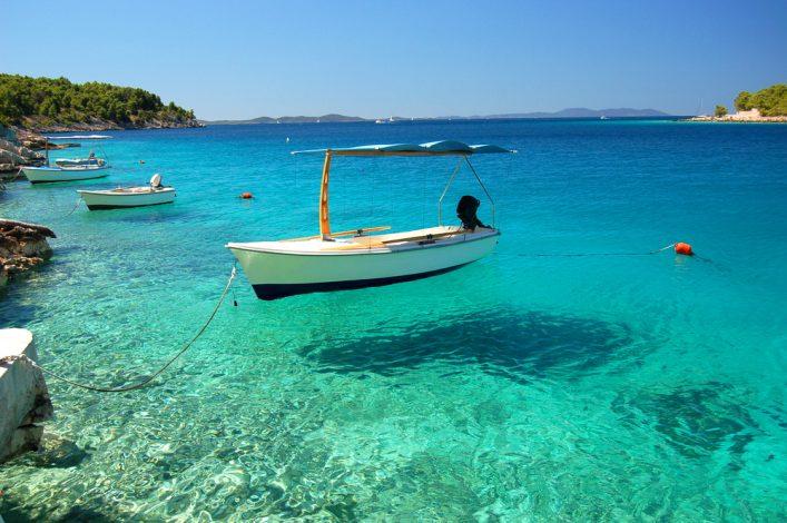 La isla de Brac en Croacia playas