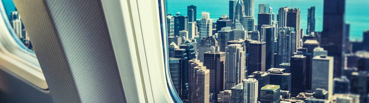 skyline von chicago aus dem Bullauge iStock_000025947388_Large-2