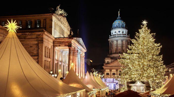 Christmas market in Gendarmenmarkt, Berlin shutterstock_128208053-2