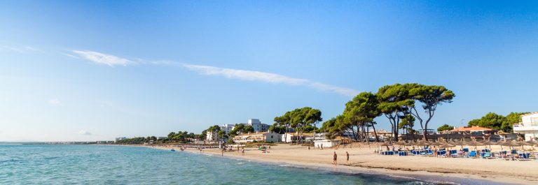 Alcudia Beach, Mallorca, Balearic Islands, Spain shutterstock_157484990 – Copy