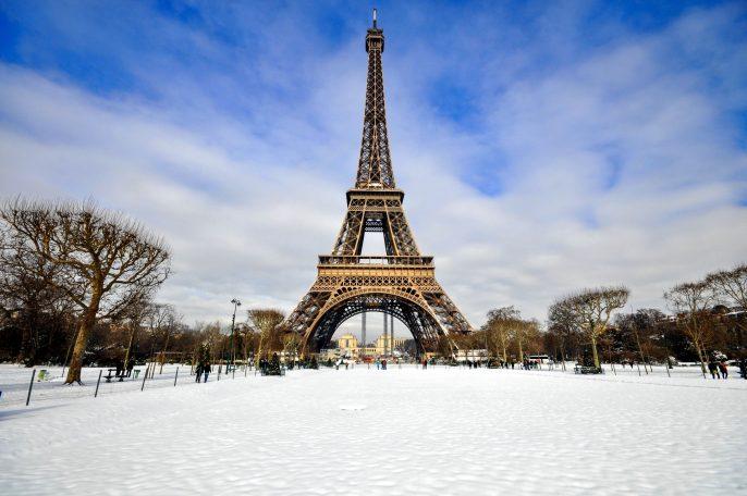 Paris-Winter-shutterstock_134817323-2