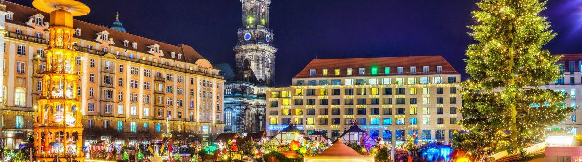 View over Dresden Christmas Market – Striezelmarkt