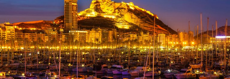 Port of Alicante in night
