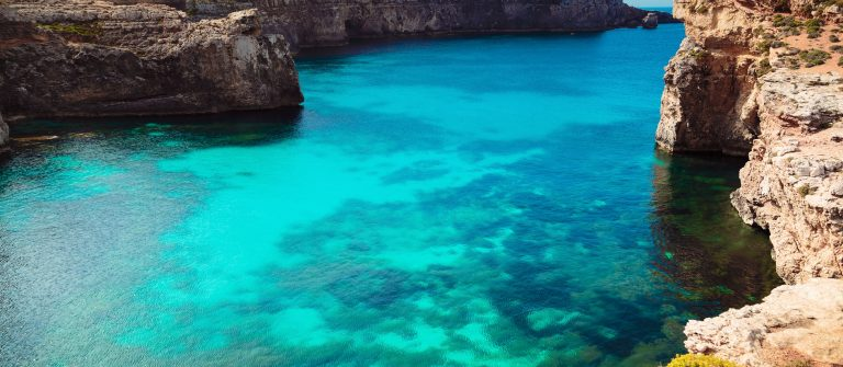 The Blue Lagoon on Comino Island, Malta Gozo._shutterstock_301444703 – Copy