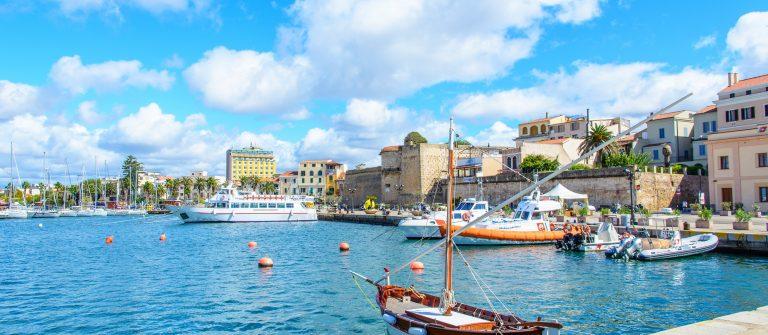 View of a promenade in Alghero, Sardinia_shutterstock_396432583