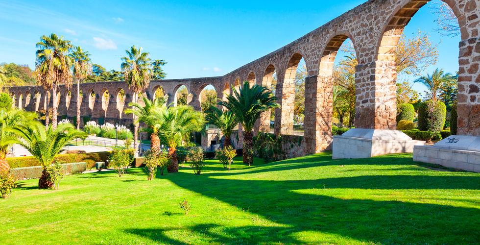 Hotel en c ceres 4 con desayuno y piscina climatizada privada for Piscina climatizada caceres