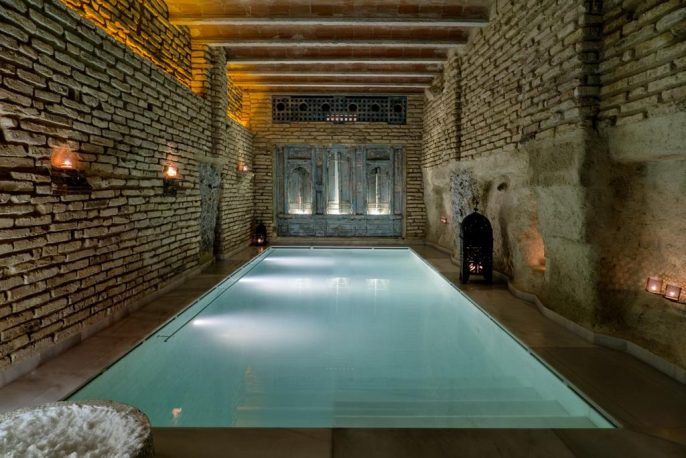 Aire-Hotel-Ancient-Baths-Plaza-Vieja