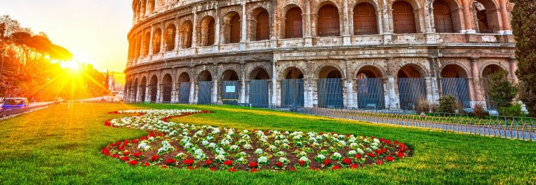 Colosseum at sunrise in Rome, Italy shutterstock_404820004-2 1920 675