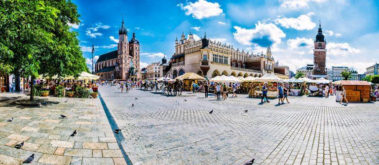 Krakau Krakow Polen iStock_000048796420_Large-2