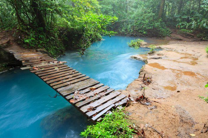 Costa Rica_smaller_588790169