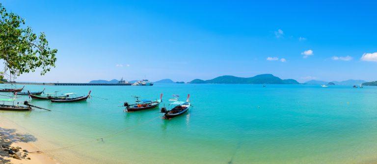 panwa_bay_phuket_boat_pano_603660815x2000