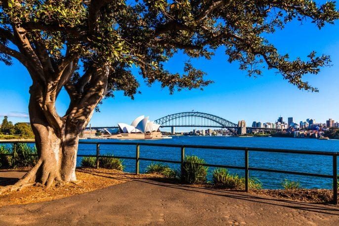 Australia Sydney City iStock_000079425471_Large-2