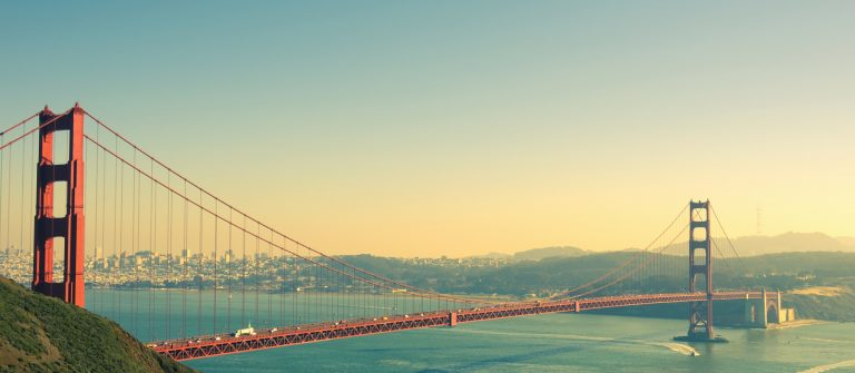 Panoramic view of Golden Gate brige in San Francisco_shutterstock_197404370