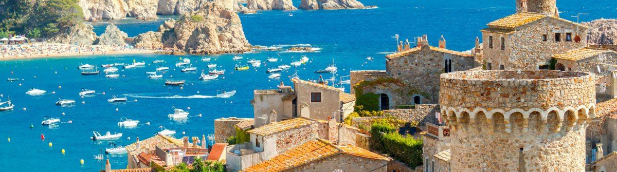 Tossa de Mar Costa Brava shutterstock_377505535 2000pix