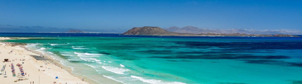 Vacaciones en fuerteventura dsifruta de una villa con for Villas con piscina privada en fuerteventura