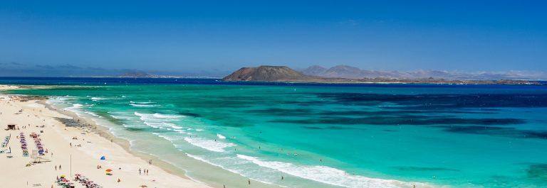 fuerteventura corralejo beach shutterstock_639015472
