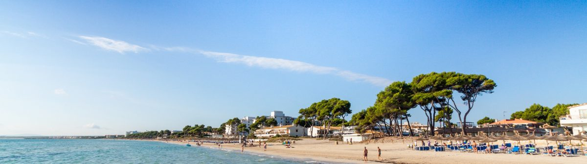 Alcudia Beach, Mallorca, Balearic Islands, Spain shutterstock_157484990 – Copy