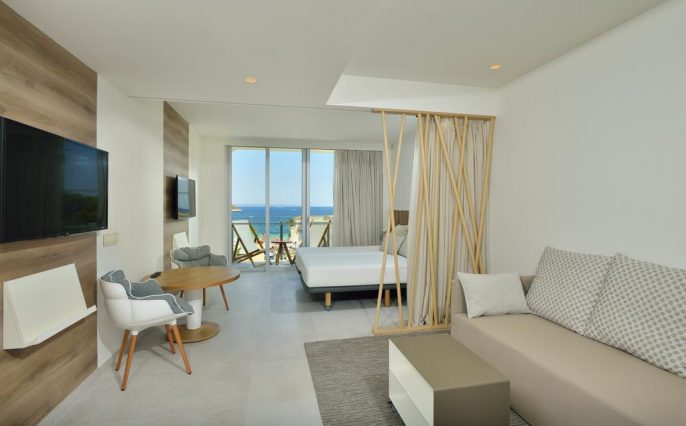 Hotel-Calvia-Beach-The-Plaza
